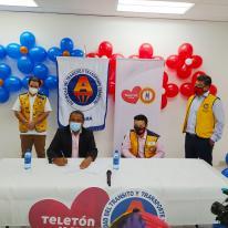 Firma de convenio de patrocinio TELETON 20 30 2020