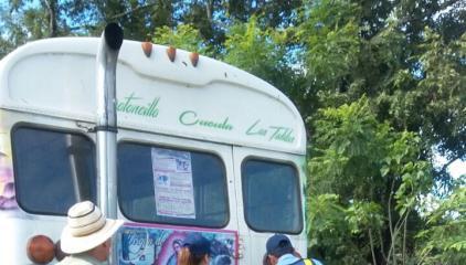 ATTT le retira placa a bus en Los Santos